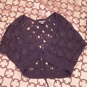 NWOT BETSEY JOHNSON BLACK CROCHET SHIMMER SHRUG OS